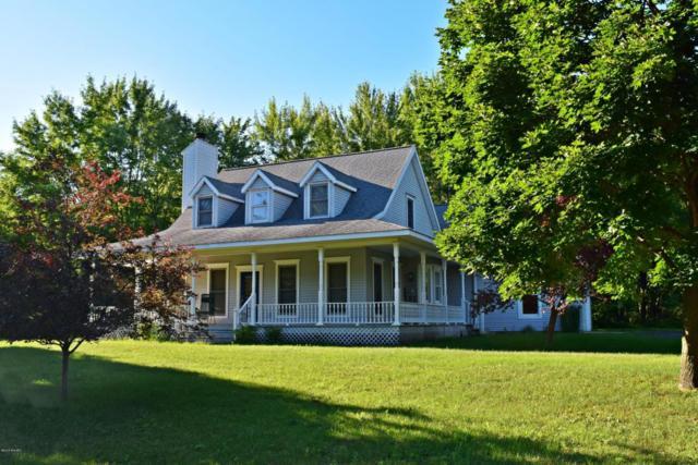 1690 E Sugar Grove Road, Scottville, MI 49454 (MLS #18032489) :: Deb Stevenson Group - Greenridge Realty