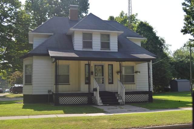 226 S East Street, Cassopolis, MI 49031 (MLS #18032647) :: Carlson Realtors & Development