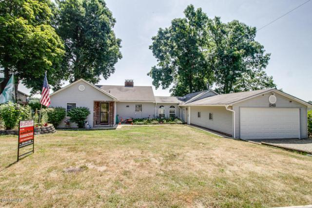 3411 W Shore Drive, Battle Creek, MI 49017 (MLS #18032766) :: Carlson Realtors & Development
