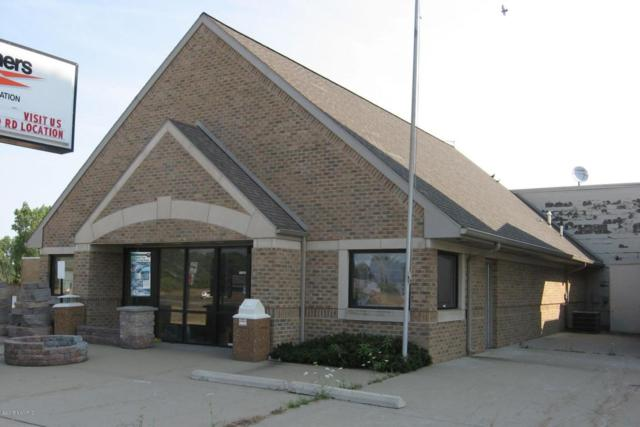 3900 W Dickman Road, Springfield, MI 49037 (MLS #18032835) :: 42 North Realty Group