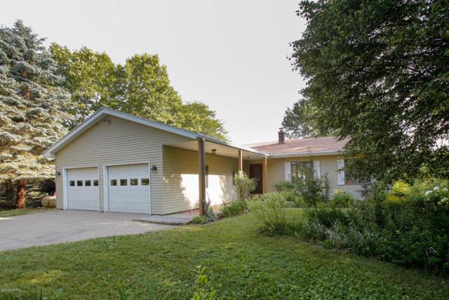 6695 E E Avenue, Richland, MI 49083 (MLS #18032918) :: Matt Mulder Home Selling Team