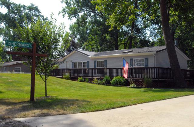 15051 Roberts Shore Drive, Constantine, MI 49042 (MLS #18033022) :: Carlson Realtors & Development