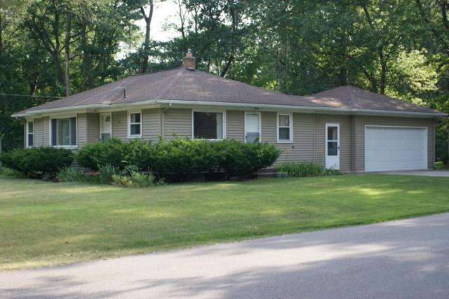 72 S Division Street, Holland, MI 49424 (MLS #18033131) :: 42 North Realty Group