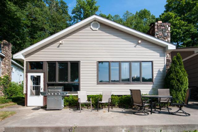 16 Labelle, Richland, MI 49083 (MLS #18033164) :: Matt Mulder Home Selling Team