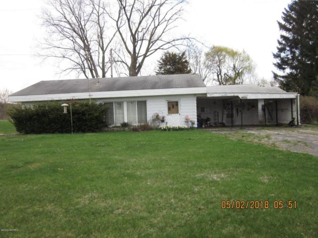 46105 Cr 215, Lawrence, MI 49064 (MLS #18033200) :: 42 North Realty Group