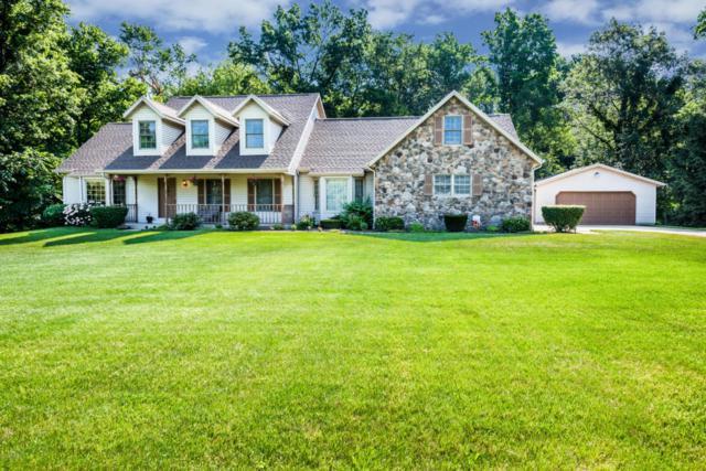 8235 Stevensville-Baroda Road, Baroda, MI 49101 (MLS #18033338) :: Deb Stevenson Group - Greenridge Realty