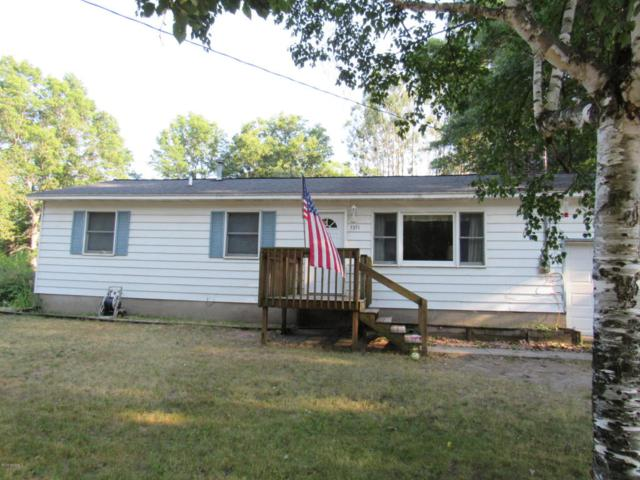 3371 4th Street, Twin Lake, MI 49457 (MLS #18033348) :: Carlson Realtors & Development