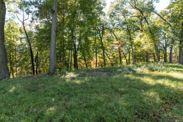 7135 Bentwood Trail, Kalamazoo, MI 49009 (MLS #18033364) :: Matt Mulder Home Selling Team
