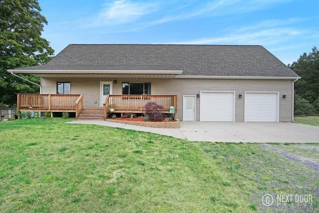 624 W Sugar Grove Road, Scottville, MI 49454 (MLS #18033531) :: Deb Stevenson Group - Greenridge Realty