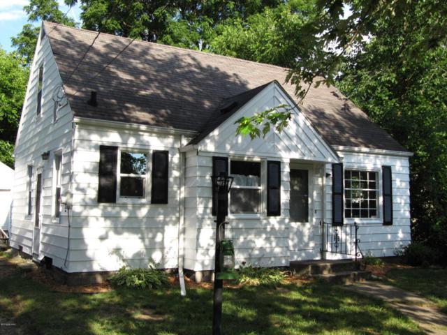 1220 Upland Drive, Kalamazoo, MI 49001 (MLS #18033646) :: Deb Stevenson Group - Greenridge Realty