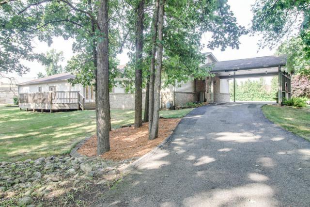 16181 10 Mile Road, Battle Creek, MI 49014 (MLS #18033647) :: Matt Mulder Home Selling Team