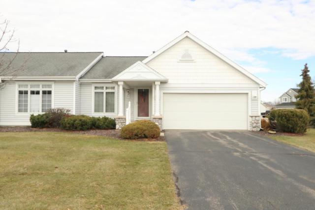 313 Shoreside Drive N #1, Grand Rapids, MI 49548 (MLS #18033652) :: Deb Stevenson Group - Greenridge Realty