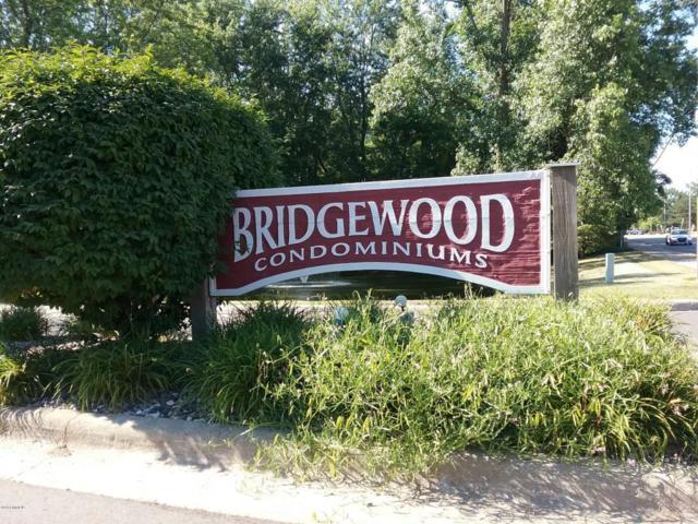153 Bridgewood Drive, Battle Creek, MI 49015 (MLS #18033666) :: Matt Mulder Home Selling Team