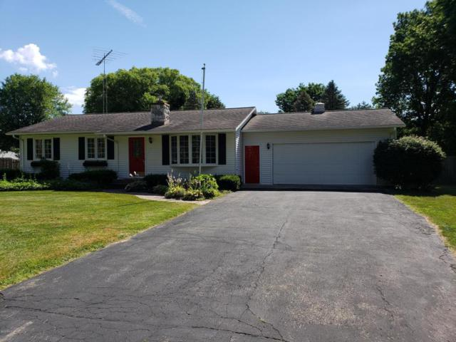 59491 Whitewood, Mattawan, MI 49071 (MLS #18033809) :: Matt Mulder Home Selling Team
