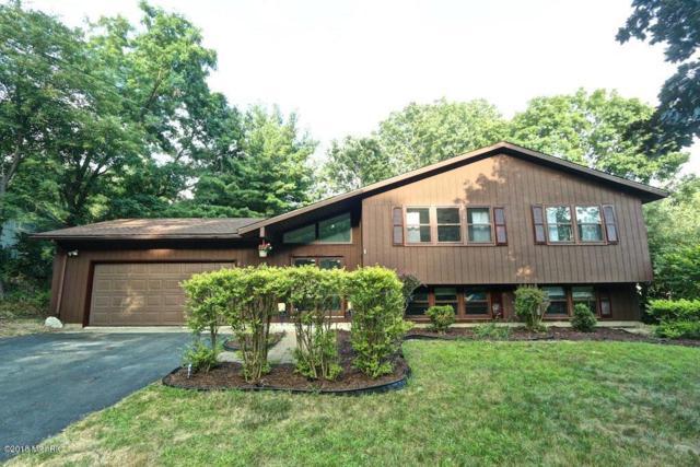 512 Sunrise Circle, Kalamazoo, MI 49009 (MLS #18033834) :: Matt Mulder Home Selling Team