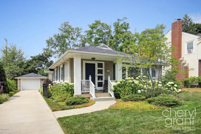 1139 Lake Grove Avenue SE, East Grand Rapids, MI 49506 (MLS #18033851) :: 42 North Realty Group