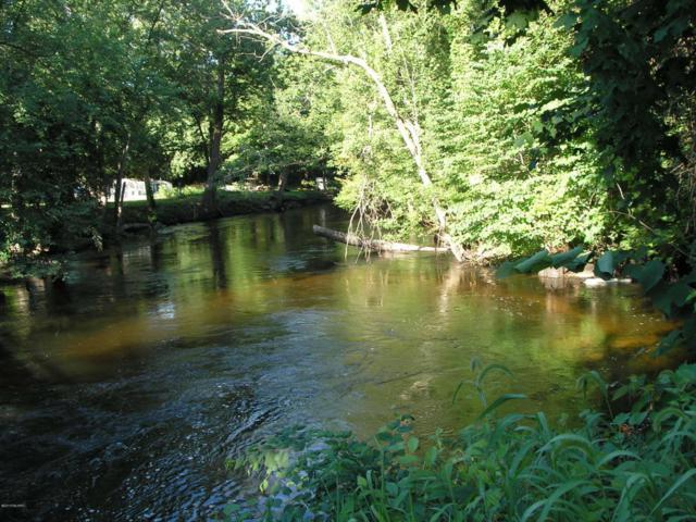 575 E Water Street, Constantine, MI 49042 (MLS #18033917) :: Deb Stevenson Group - Greenridge Realty