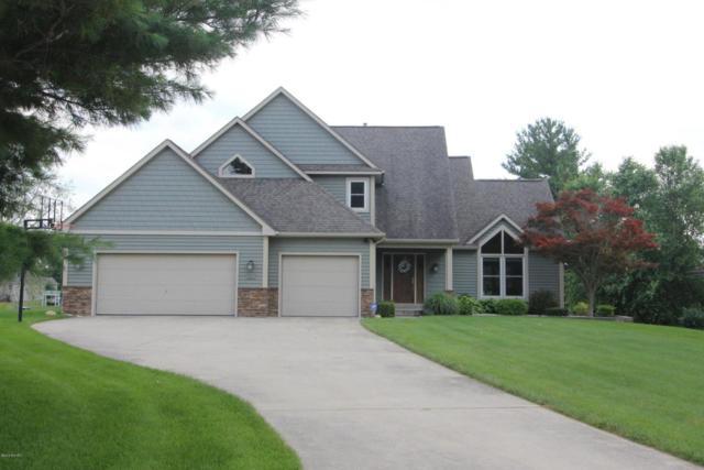 6800 Hayward Drive, Vicksburg, MI 49097 (MLS #18033974) :: Carlson Realtors & Development