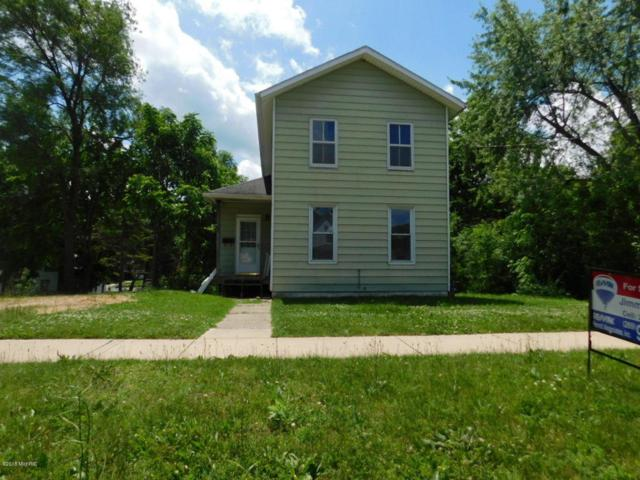 69 W Goguac Street, Battle Creek, MI 49015 (MLS #18034077) :: Carlson Realtors & Development