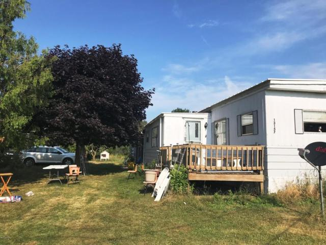13157 S Mason Drive, Grant, MI 49327 (MLS #18034135) :: Deb Stevenson Group - Greenridge Realty