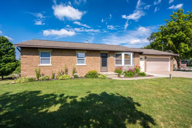 6889 Vinton Avenue NW, Comstock Park, MI 49321 (MLS #18034291) :: Carlson Realtors & Development