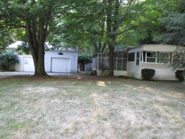 4579 Meadowbrook Drive, Fremont, MI 49412 (MLS #18034360) :: Carlson Realtors & Development