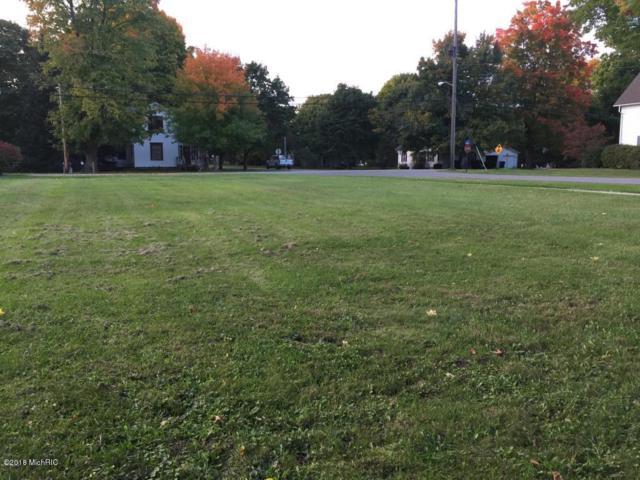 203 1st Street, Lakeview, MI 48850 (MLS #18035044) :: Deb Stevenson Group - Greenridge Realty