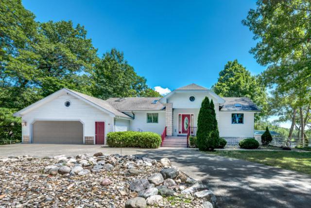 3096 St. Joseph River Drive, Benton Harbor, MI 49022 (MLS #18036154) :: Deb Stevenson Group - Greenridge Realty