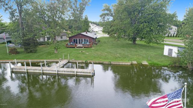 17748 170th Avenue, Spring Lake, MI 49456 (MLS #18036259) :: JH Realty Partners