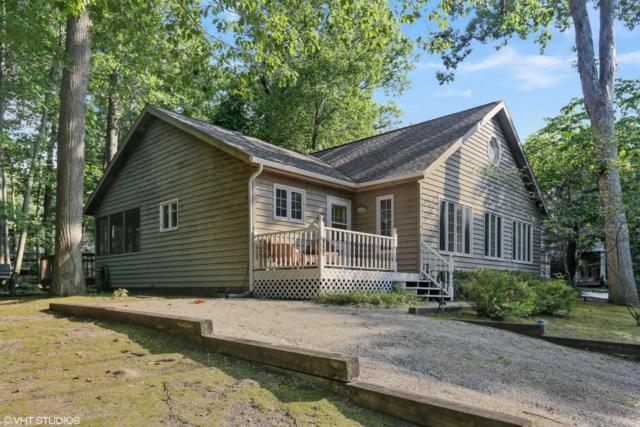 4051 Creek Drive, New Buffalo, MI 49117 (MLS #18036787) :: Carlson Realtors & Development