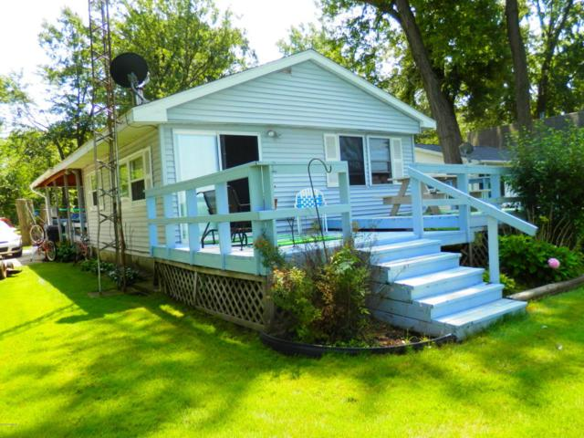 64778 Prairie River Road, Sturgis, MI 49091 (MLS #18037464) :: Deb Stevenson Group - Greenridge Realty