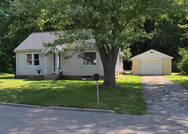 406 N Thomas Street, Scottville, MI 49454 (MLS #18038357) :: Deb Stevenson Group - Greenridge Realty