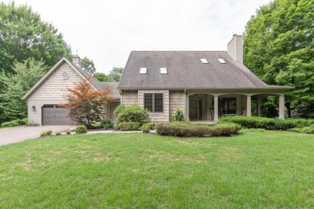10908 E Cd Avenue, Richland, MI 49083 (MLS #18039003) :: Matt Mulder Home Selling Team