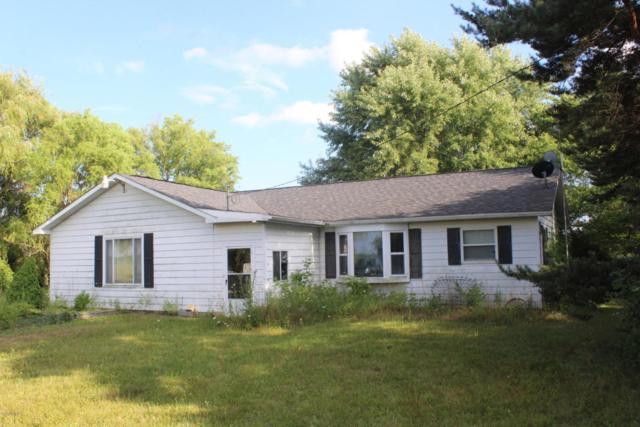5270 E Deerfield Road, Mount Pleasant, MI 48858 (MLS #18039442) :: Carlson Realtors & Development
