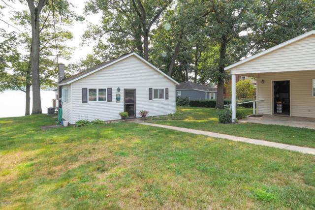 1072 N Eagle Lake Drive, Kalamazoo, MI 49009 (MLS #18040179) :: Matt Mulder Home Selling Team