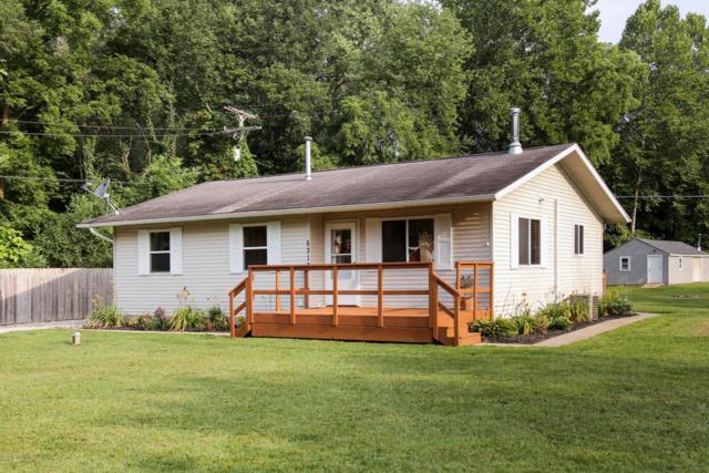 5313 E S Avenue, Vicksburg, MI 49097 (MLS #18040236) :: Matt Mulder Home Selling Team