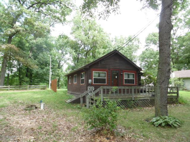 23501 Oak Terrace Drive, Cassopolis, MI 49031 (MLS #18040436) :: Carlson Realtors & Development