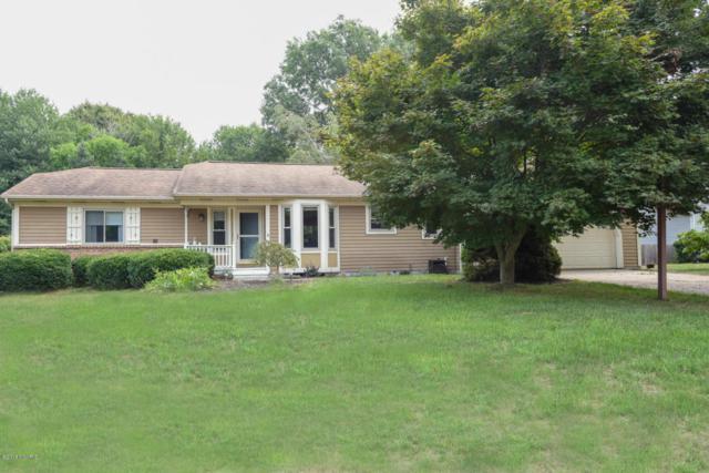 2520 Russit Drive NE, Grand Rapids, MI 49525 (MLS #18040531) :: Matt Mulder Home Selling Team