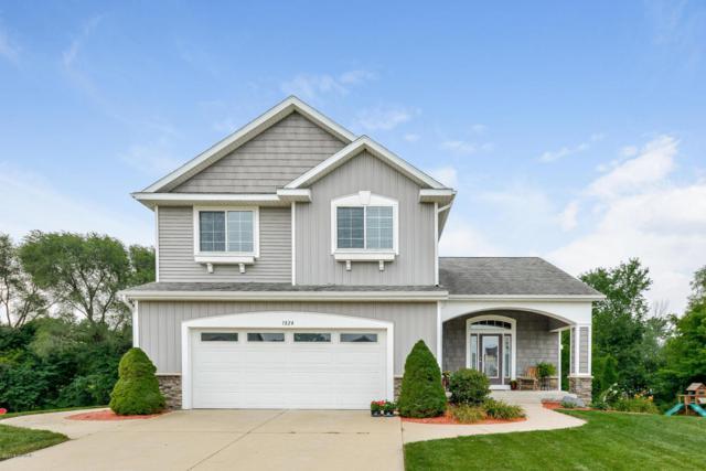 1524 Beaconsfield Street SW, Byron Center, MI 49315 (MLS #18040532) :: Matt Mulder Home Selling Team