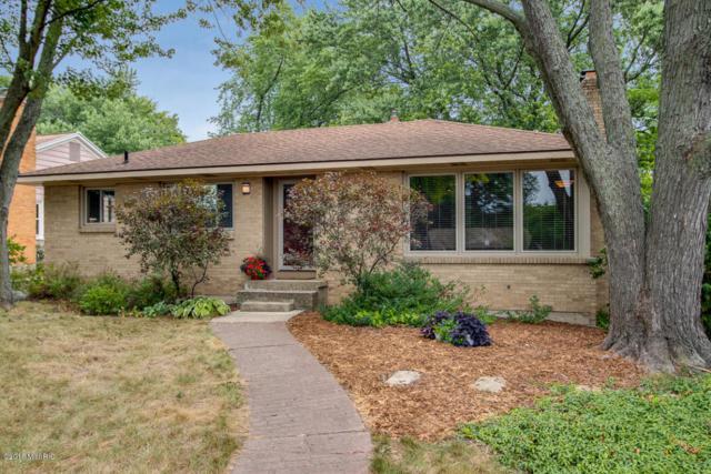 2116 Rosewood Avenue SE, Grand Rapids, MI 49506 (MLS #18040542) :: Matt Mulder Home Selling Team