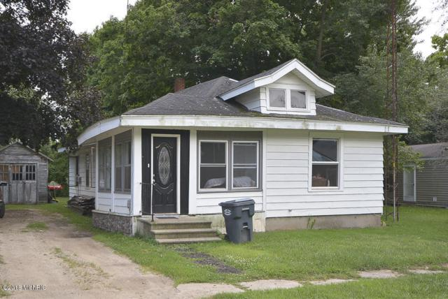 25 Washington Street, Galesburg, MI 49053 (MLS #18040599) :: Deb Stevenson Group - Greenridge Realty