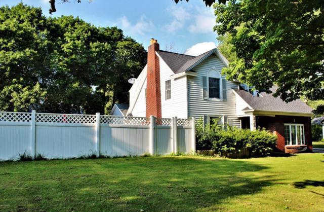 336 Paw Paw Avenue, Watervliet, MI 49098 (MLS #18040913) :: Carlson Realtors & Development