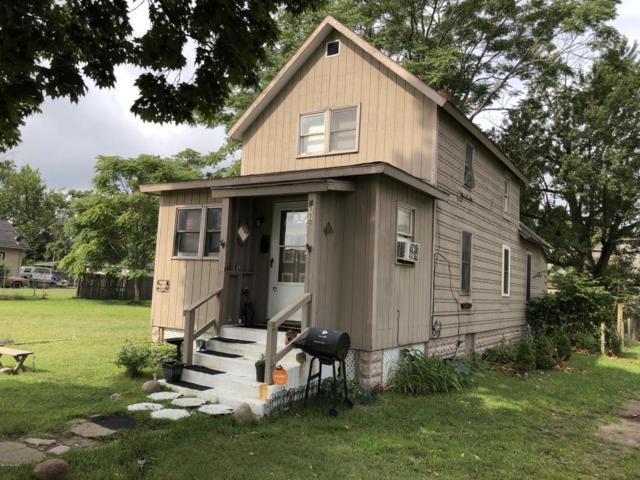 1110 Milton Street, Benton Harbor, MI 49022 (MLS #18041110) :: Carlson Realtors & Development