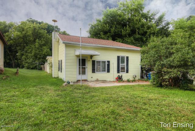 421 Hill Street, Ionia, MI 48846 (MLS #18041176) :: Carlson Realtors & Development