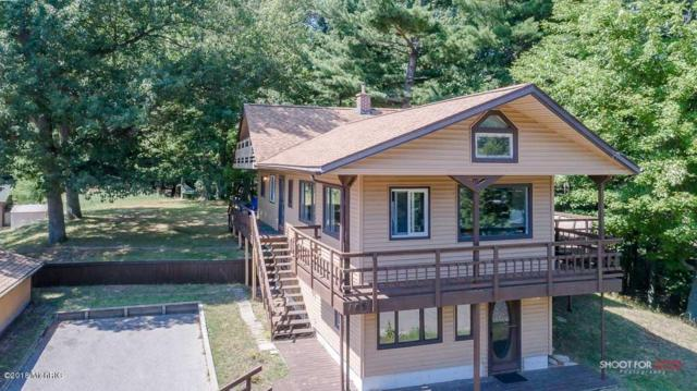106 S Chester Street, Pentwater, MI 49449 (MLS #18041779) :: JH Realty Partners