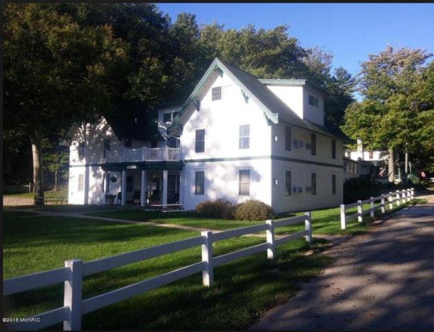 8520 Portage Point Dr. Beech Lodge 3, , Onekama, MI 49675 (MLS #18042363) :: JH Realty Partners