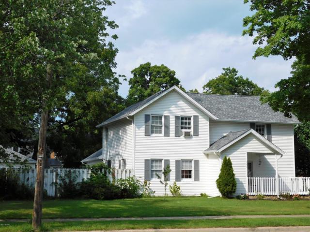 302 W Front Street, Buchanan, MI 49107 (MLS #18042390) :: JH Realty Partners
