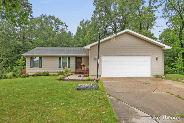 837 Morgan Drive, Belding, MI 48809 (MLS #18042911) :: JH Realty Partners