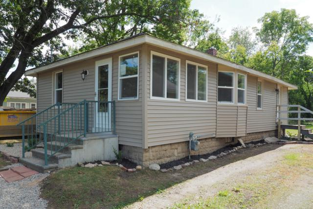 513 Avenue A, Springfield, MI 49037 (MLS #18042990) :: Deb Stevenson Group - Greenridge Realty