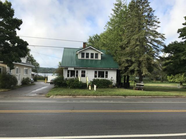 5117 Main Street, Onekama, MI 49675 (MLS #18043067) :: Deb Stevenson Group - Greenridge Realty